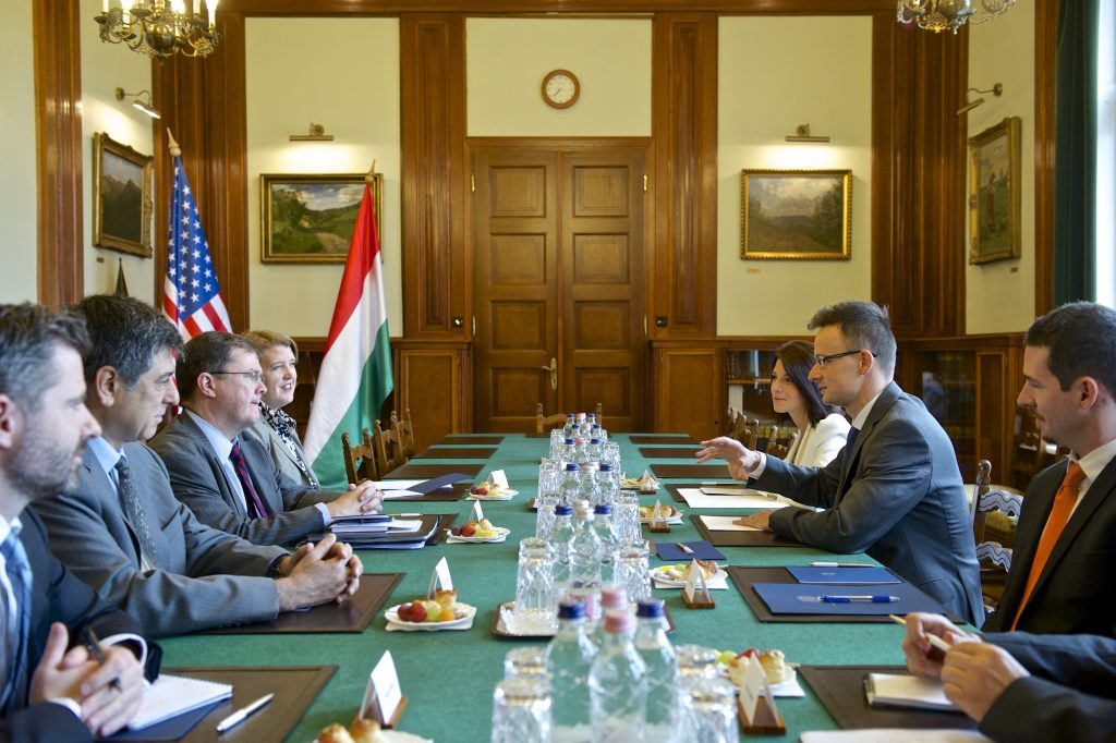 Szijjártó: Hungarian Trade House in US a Possibility post's picture