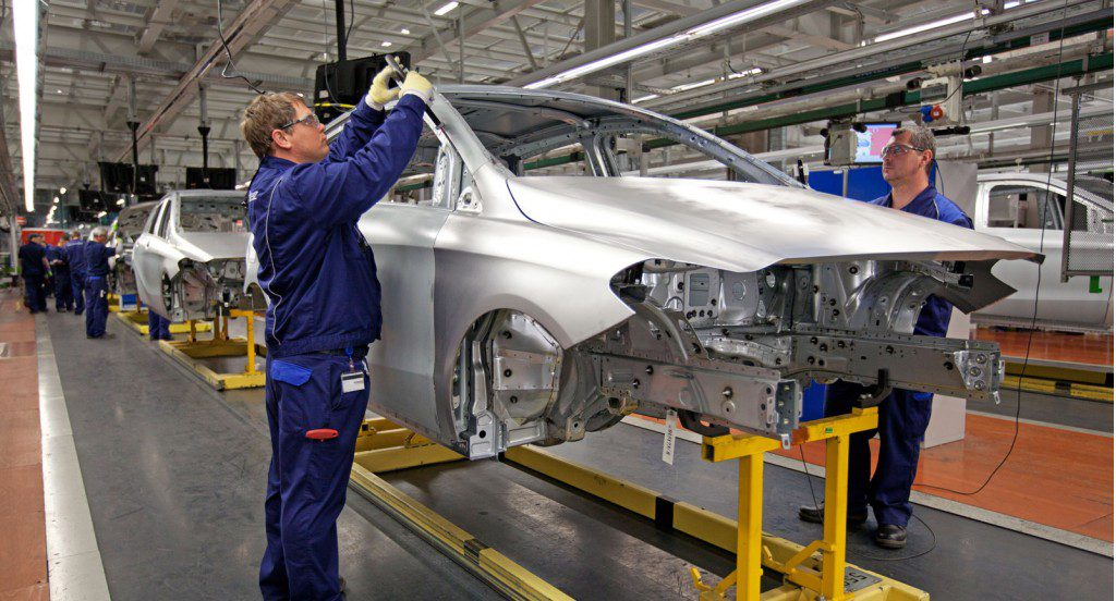 German Carmaker Giant Daimler To Expand Its Mercedes Plant In Hungary post's picture