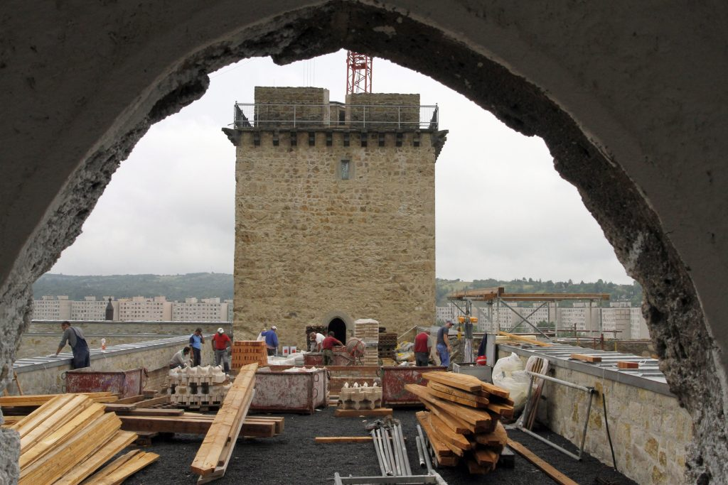 Diósgyőr Castle Renovation Under Way post's picture