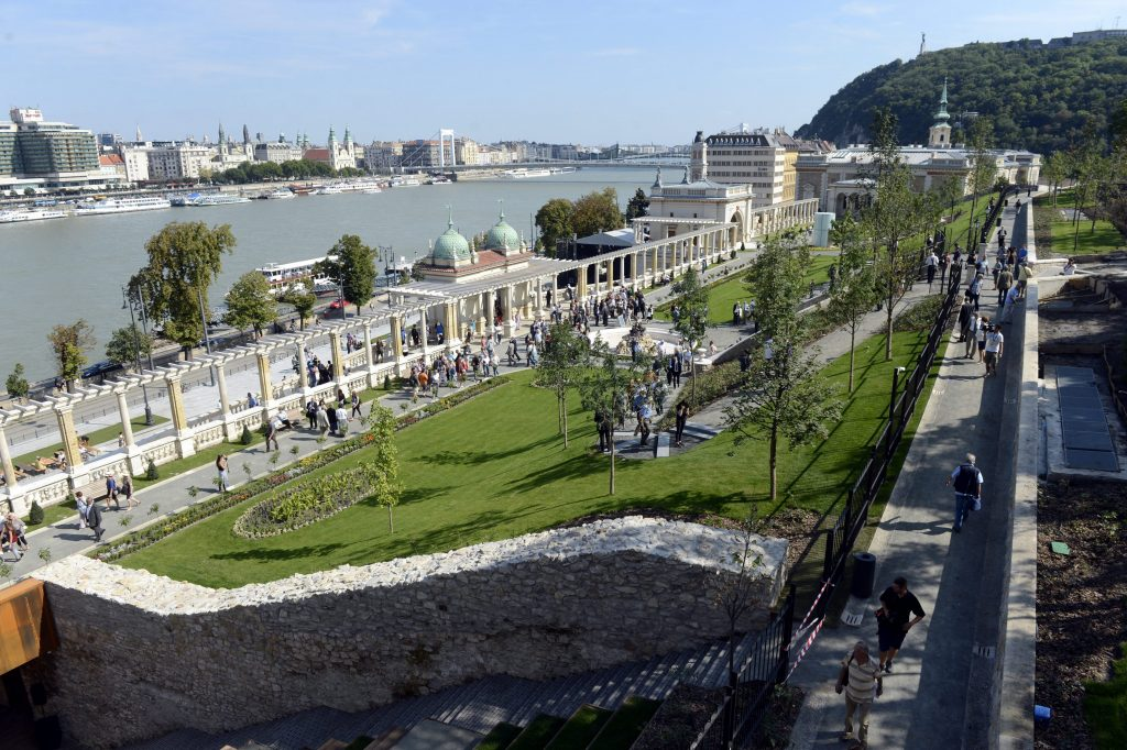 Buda Castle Garden Opens post's picture
