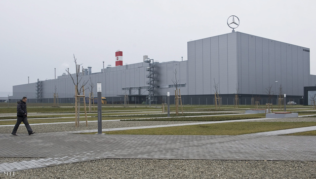 Mercedes Factory Kecskemét - Hungary Today (source: Gábor Ujvary MTI)