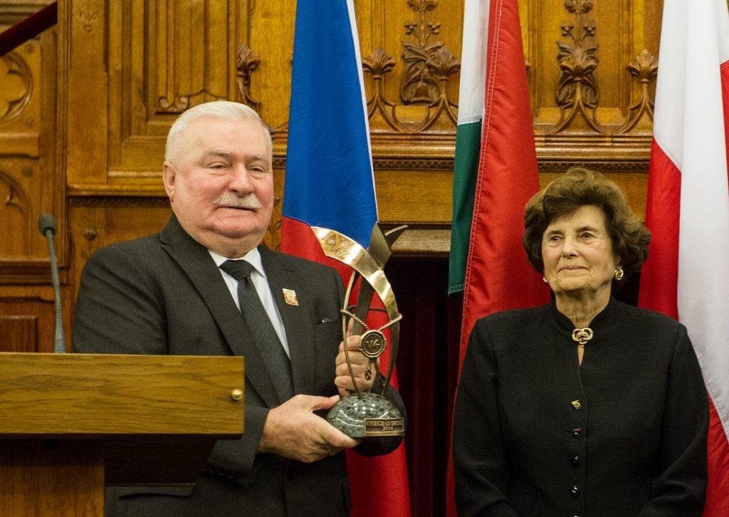 Lech Wałęsa Honoured With Visegrad Bridge Award post's picture