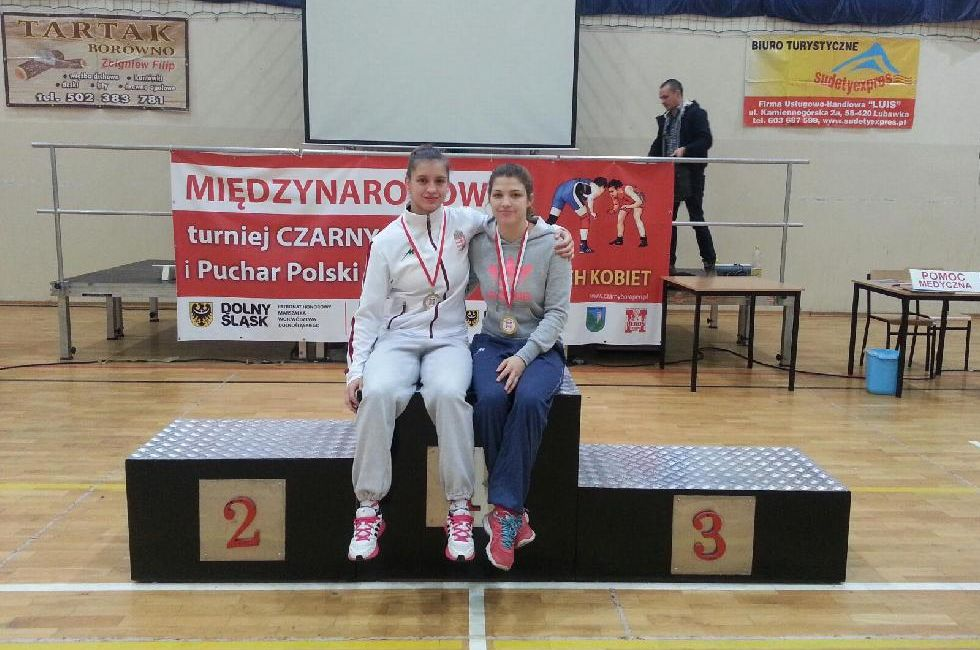 Two Golds For Hungarian Female Wrestling Team post's picture