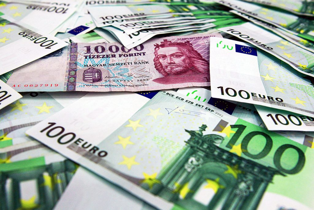 Rogán: February Brings Important Change For Forex Loan Holders post's picture