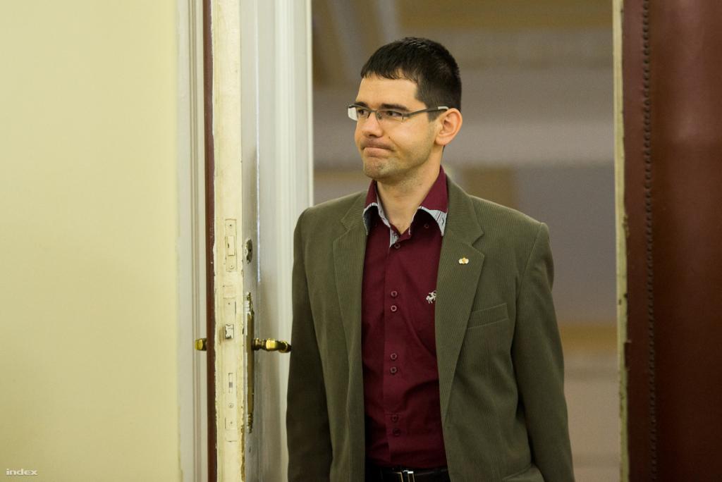Hardliner MP Előd Novák Kicked Out Of Jobbik's Parliamentary Group post's picture