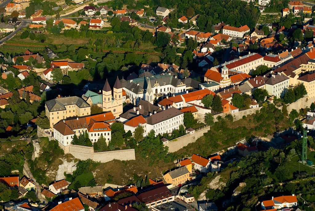 Western Town Of Veszprém To Get New HUF 4 Billion Swimming Pool post's picture