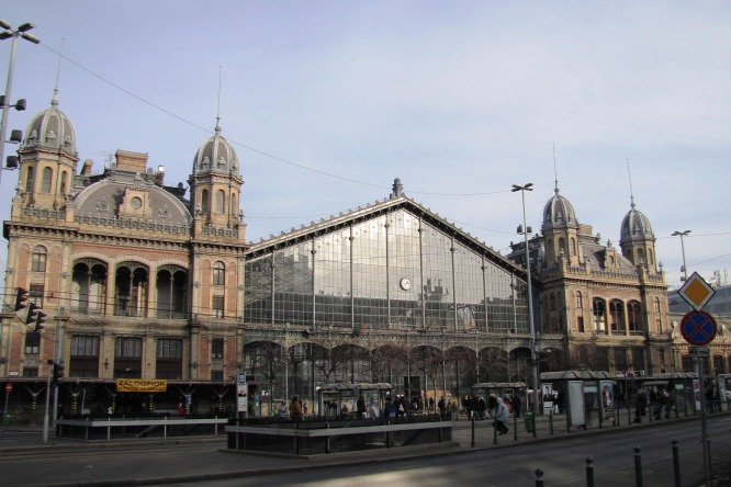 Budapest's Nyugati Train Station To Close For Two Weeks post's picture