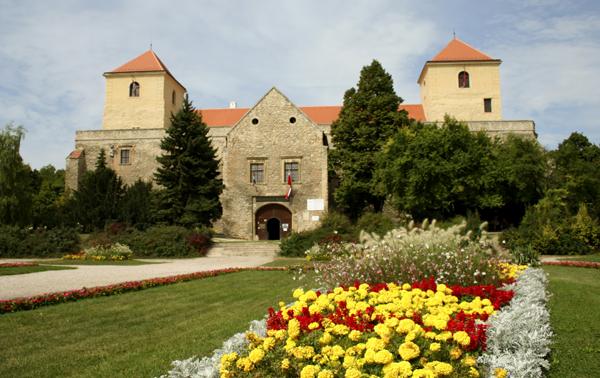 Renaissance Castle Undergoes Refurbishment post's picture