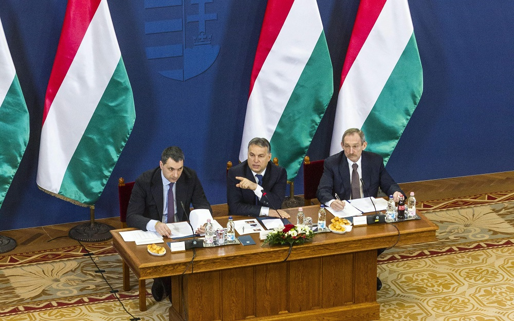 Buda-Cash-Gate: PM Holds Talks With Troubled Council Leaders post's picture