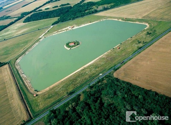 Private Island In Hungary Goes On Sale post's picture