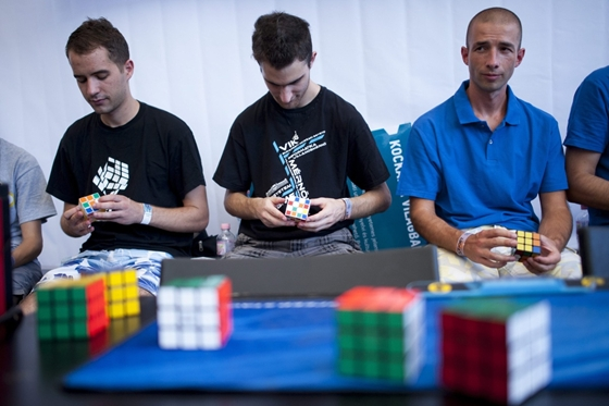 """Guardian Publishes Inventor's Article On Legendary """"Rubik's Cube"""" post's picture"""