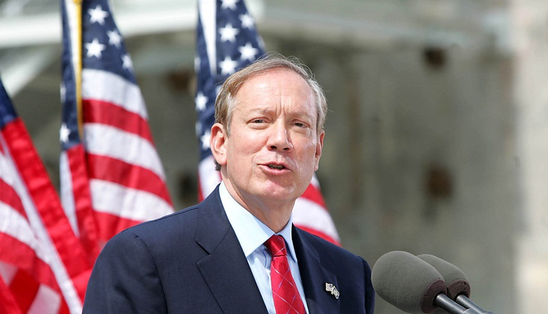 US Presidential Hopeful Pataki Speaks Of Ties To Hungary And Central Europe post's picture