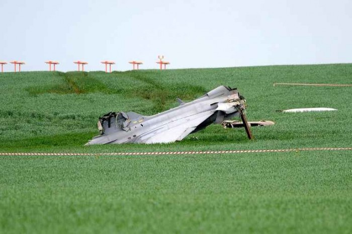 Hungary Sends Experts To Czech Republic To Investigate Gripen Plane Crash post's picture