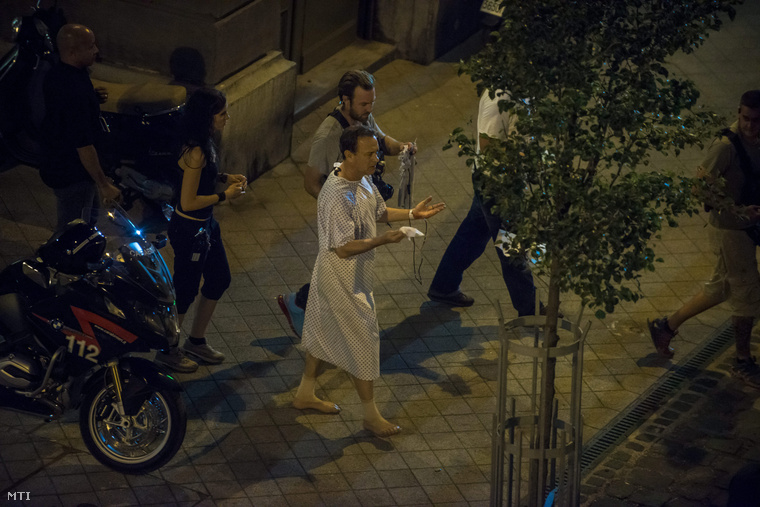 """Hollywood Superstar Tom Hanks Pictured In Budapest At Shooting Of New Movie """"Inferno"""" post's picture"""