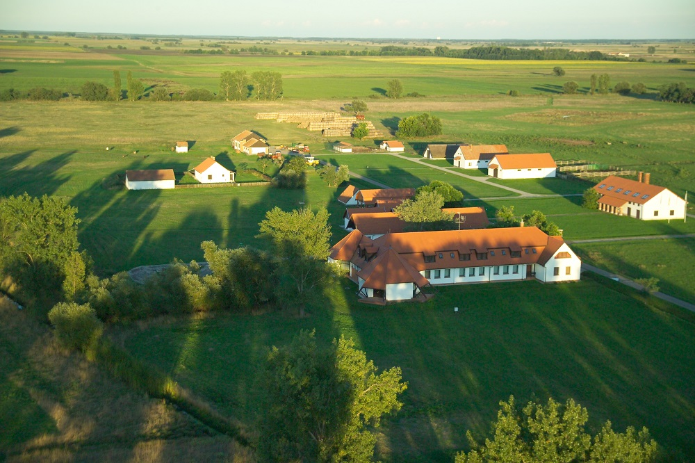 Hungary's State-Owned Farmlands To Go On Sale In November post's picture