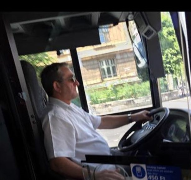 "Picture Of ""Robert De Niro"" Budapest Bus Driver Goes Viral post's picture"