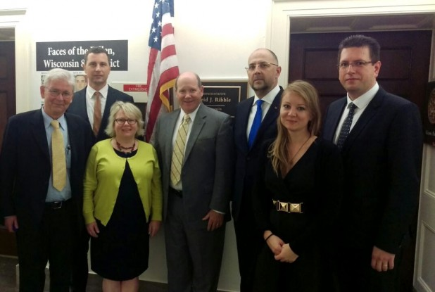 "US Congressmen Signal Their ""Effective Support"" To Ethnic Hungarian Delegation From Romania post's picture"