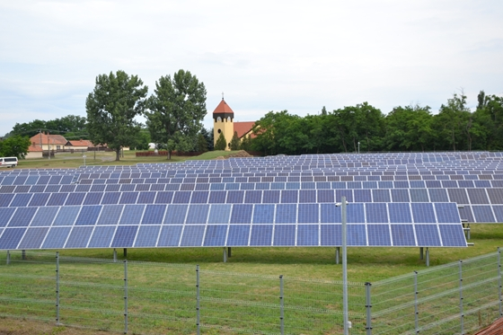 Hungary's First Self-Financed Solar Power Plant Handed Over At Jászágó post's picture