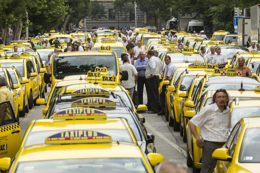 Uber Faces Tough Regulation In Hungary As Government Approves New Taxi Decree post's picture
