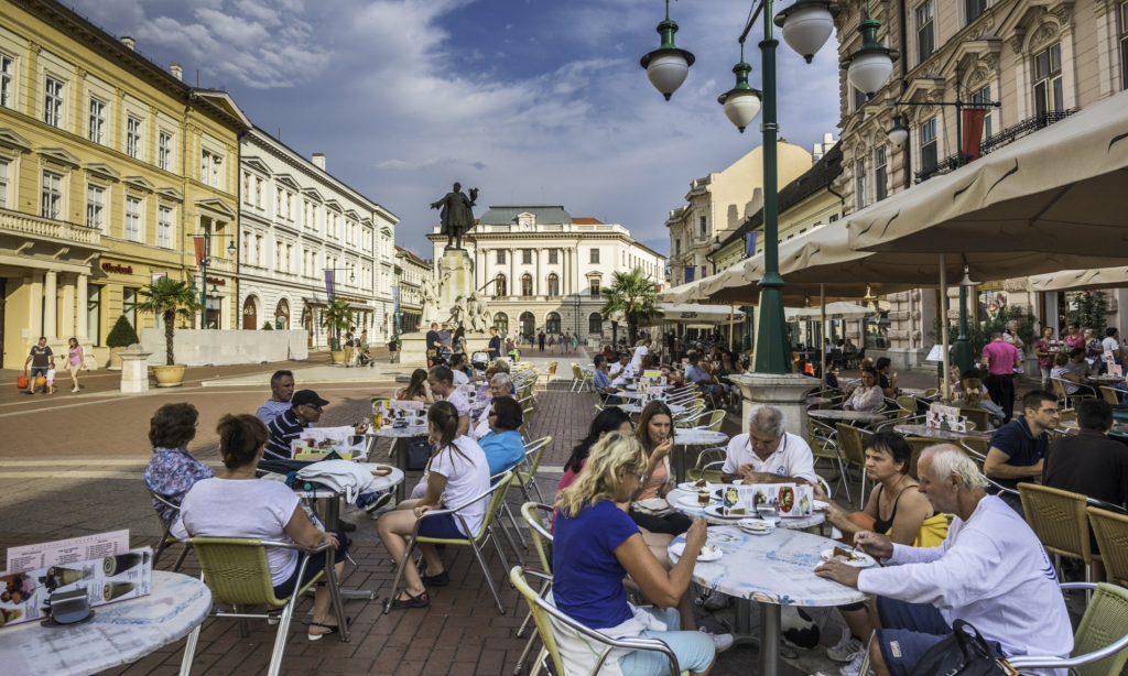 Guardian Publishes Readers' Travel Tips On The Ideal Summer In Hungary post's picture