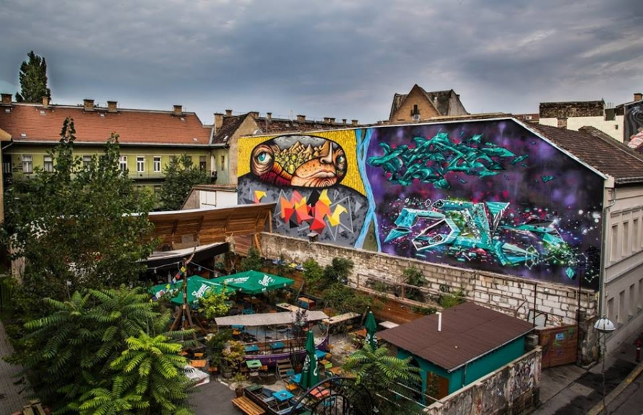 Run-Down Budapest Firewall Gets Makeover As Mural Symbolising Buda And Pest – Gallery! post's picture