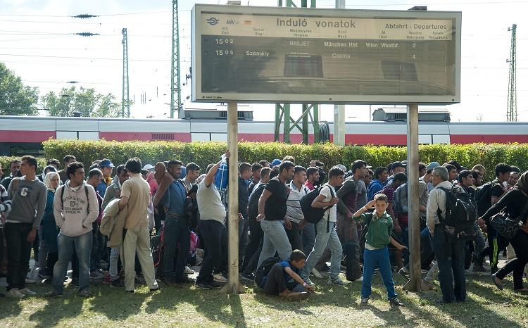Illegális bevándorlás - ÖBB: átmenetileg nem járnak vonato