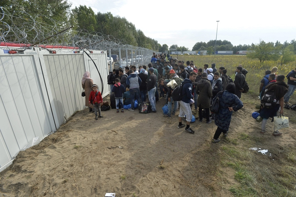 Immigration Crisis: Hungary Declares State Of Emergency For Two Southern Counties post's picture