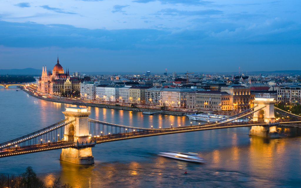 Hungary's Tourism Industry Continues To Boom As British And US Guests Arrive In Increasing Numbers post's picture