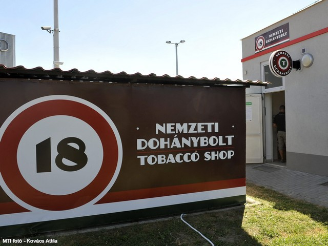 Hungary To Adopt Brand-Neutral Cigarette Packaging From Next May post's picture