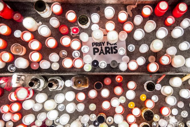 Terror In Paris: Hundreds Pay Respect At French Institute In Budapest – Video! post's picture