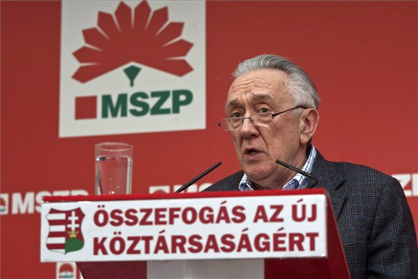 Socialist Strongman László Kovács: Hungary's Largest Left-Wing Party Could Drop Out Of Parliament post's picture