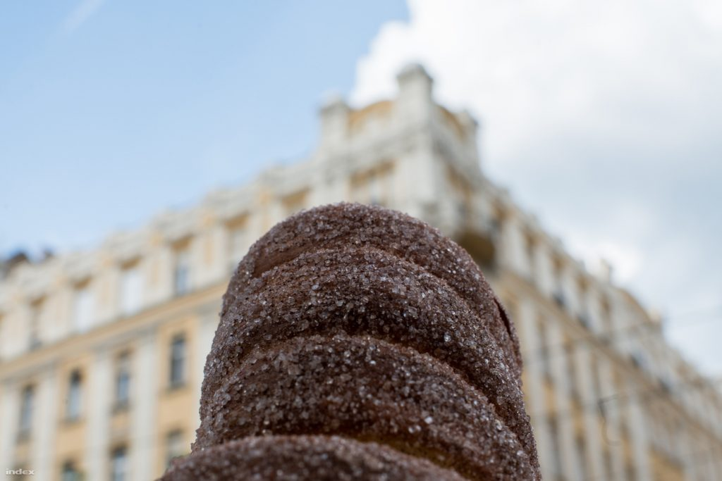 Chimney Cake: Hungarian Christmas Essential Added On To List Of Hungaricums post's picture
