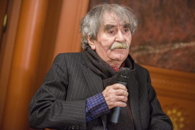 Major Hungarian Poet Ferenc Juhász Dies post's picture