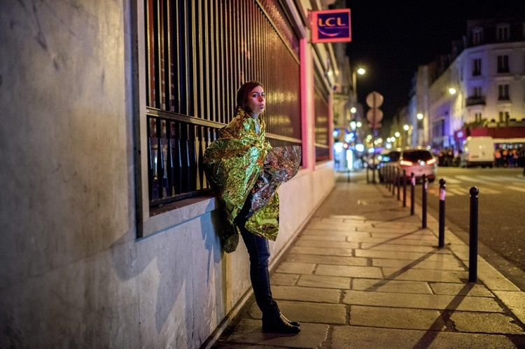 "Photo report: ""Paris shocked by the night of terror"" by János Bődey (index.hu)"