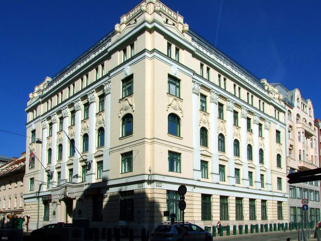 British Embassy In Budapest Says Goodbye To Long-Standing Location post's picture