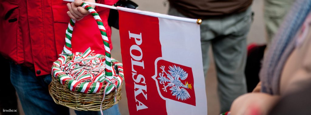 "Hungarian Right-Wing Media Slam Brussels And Berlin Over ""Hysteria"" Surrounding Poland post's picture"