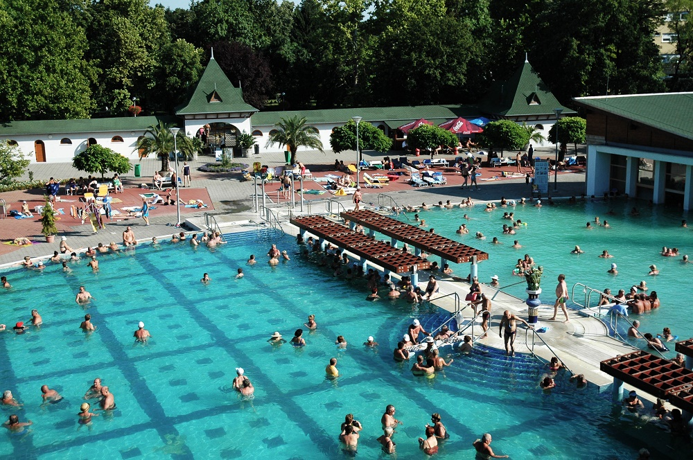 The Best Twenty-One Pools, Baths and Spas In Hungary – Official List With Photos! post's picture