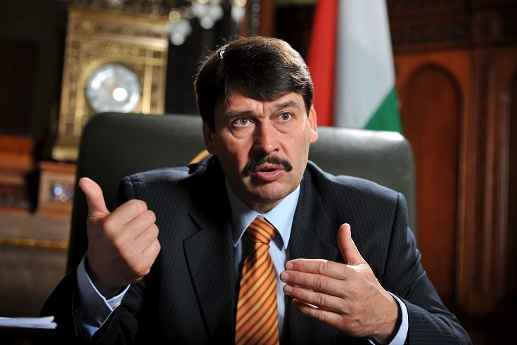 Survey: Hungarian President Still Popular But Loses Supporters Amid CEU Controversy post's picture