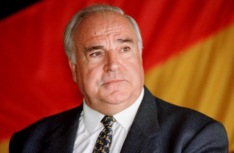 Former German Chancellor Helmut Kohl To Receive PM Orbán At Private Residence post's picture