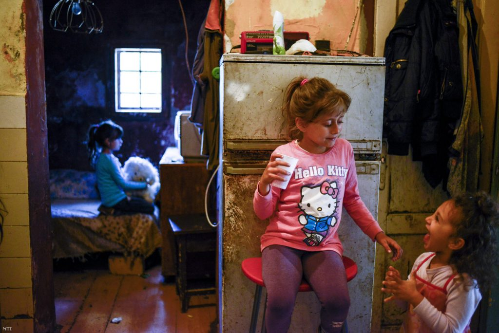 ILO: 0.01% Of Hungary's GDP Needed To Fully Eradicate Extreme Poverty post's picture