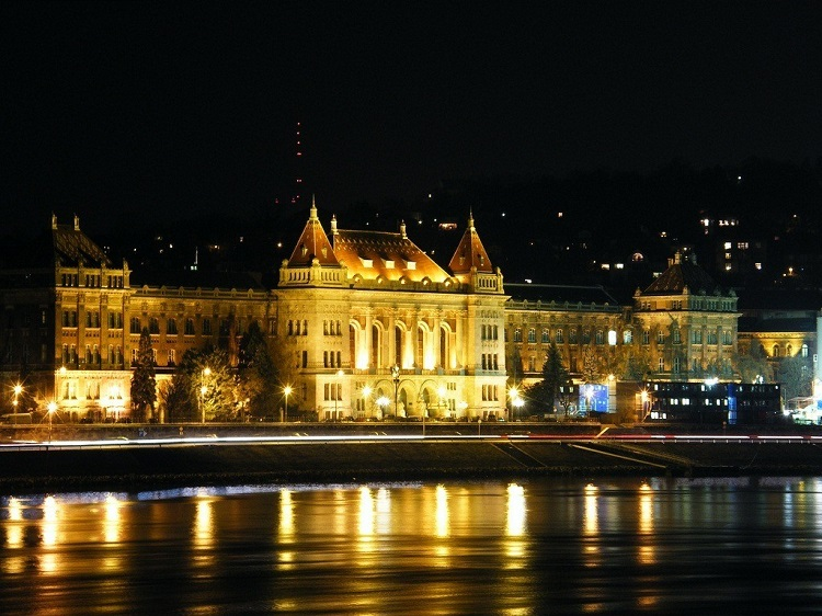 Budapest_University_of_Technology_and_Economics-Buda-Ujbuda