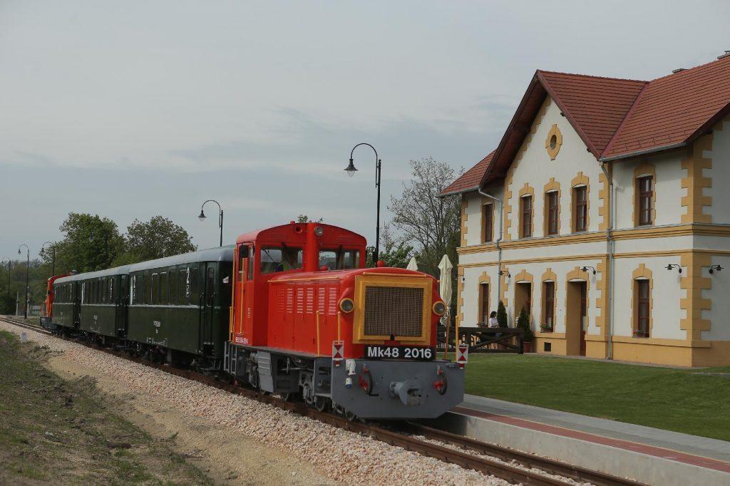 EU Denies Press Information Suggesting Anti-Corruption Investigation Against Felcsút Vintage Train Line post's picture