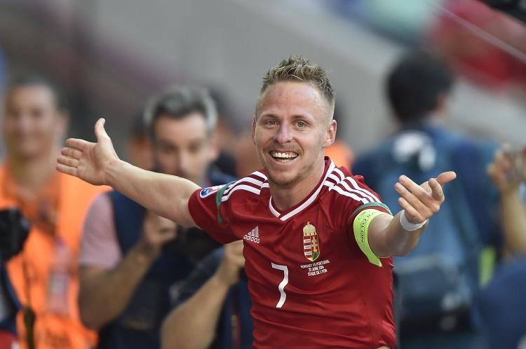 Lyon, 2016. június 22. Dzsudzsák Balázs örül a második góljának a franciaországi labdarúgó Európa-bajnokság F csoportja harmadik fordulójában játszott Magyarország - Portugália mérkõzésen, Lyonban 2016. június 22-én. MTI Fotó: Illyés Tibor
