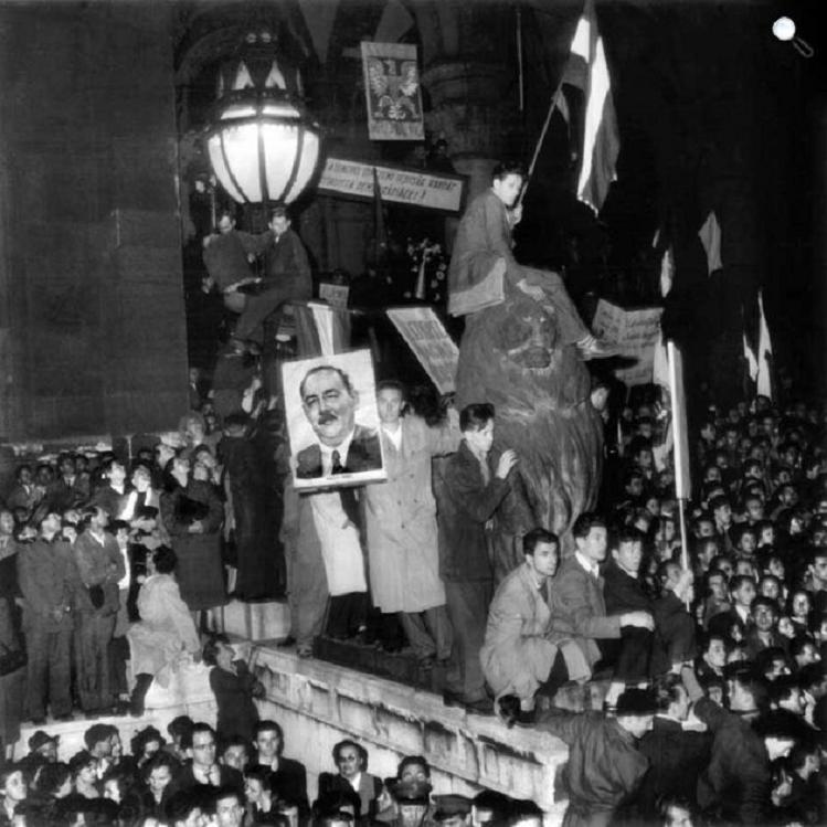 cultura-budapest-1956-oktober-23-kicsi