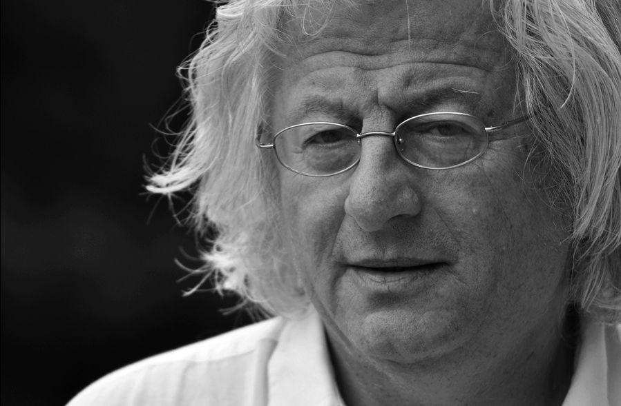 World-Famous Hungarian Writer Péter Esterházy Dies Aged 66 post's picture