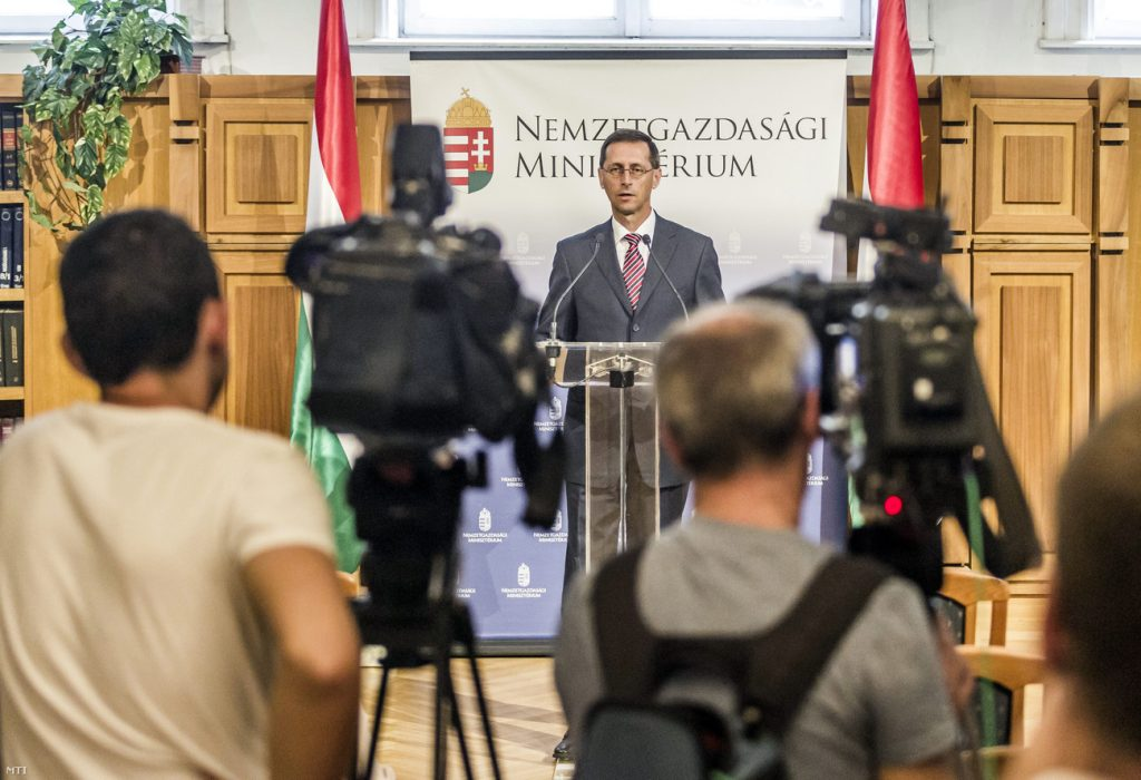 Hungary To Reduce Payroll Taxes In Bid To Improve Employment Situation post's picture