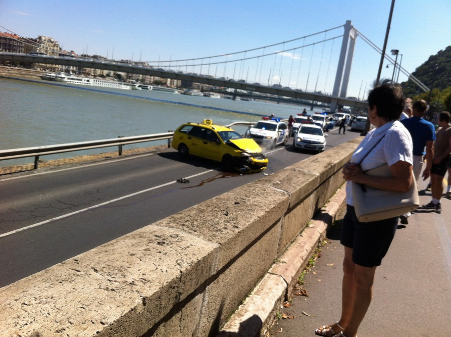 Action Movie-Like Scenes In Budapest As Phoney Taxi Driver Is Caught By Police After Downtown Car Chase post's picture