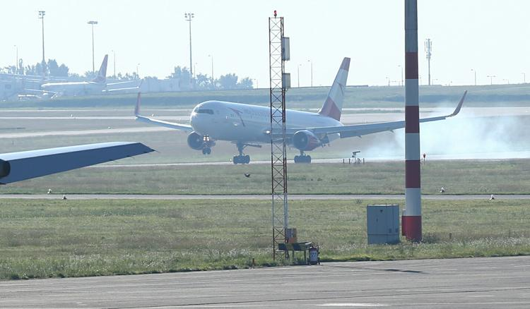 "The Hungarian ""Golden Flight"" Landed In Budapest At 8.10AM post's picture"
