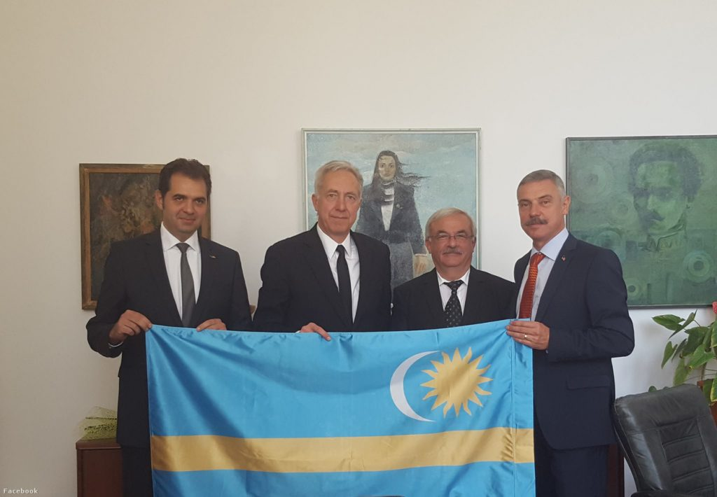 US Ambassador To Romania Poses For Photo With Szekler Flag, Sparks Backlash post's picture