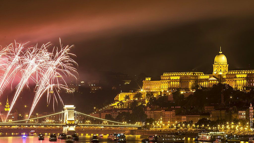 """The City That Lives A Double Life"": BBC Travel Showers Budapest With Praise post's picture"